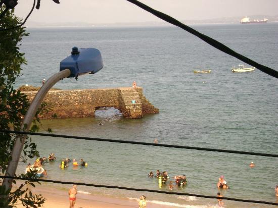 Hotel Porto Da Barra: vista da janela do quarto do hotel