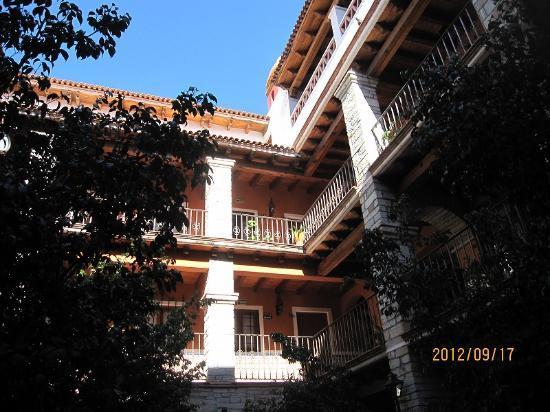 Socavon: ホテルの中庭からの撮影