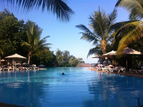 Baobab Beach Resort & Spa: Top pool in the Maradadi wing