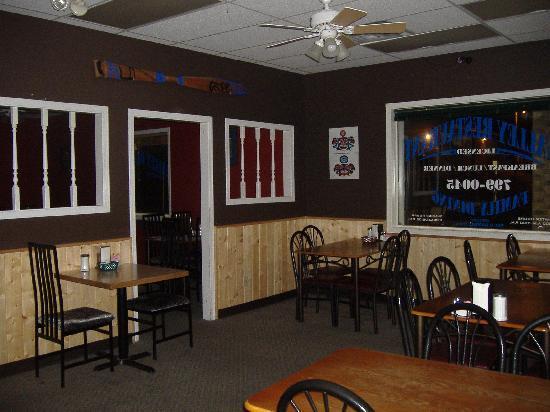 Bella Coola Valley Restaurant: getlstd_property_photo