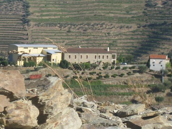 Hotel Quinta do Silval: View from afar