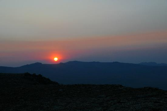 Gallagher's Irish Rose B&B: Sunrise on the Beartooth Highway