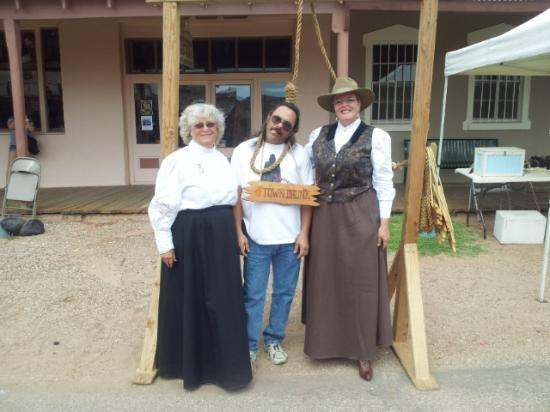 Stampede RV Park and B&B: hangin around in tombstone