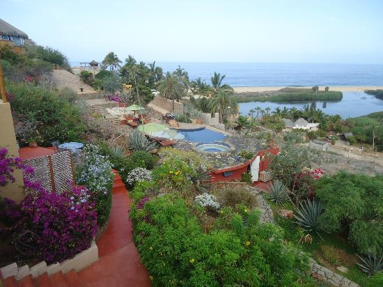 Los Colibris Casitas: View of lagoon & ocean