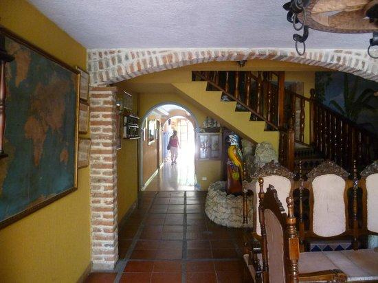 San Pietro Hotel: Vista desde el lobby