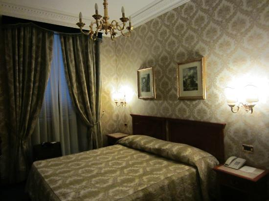Barberini Hotel: Habitación