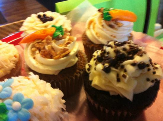 Maine Grind: Special sweets, including cupcakes