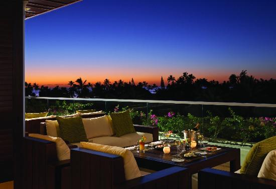 Trump International Hotel Waikiki: Wai'olu Ocean View Lounge