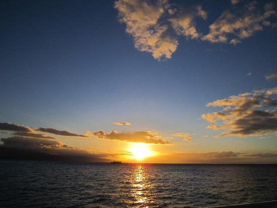 Pacific Whale Foundation: another beautiful sunset in Maui
