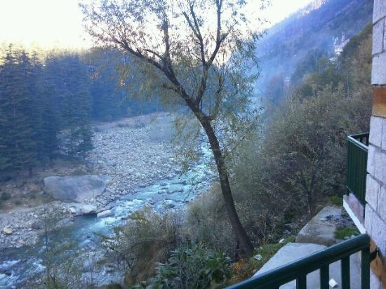 Lords Residency: beauty of manali from my hotel room