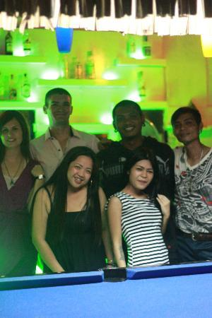 My Friend's Bar: The gang