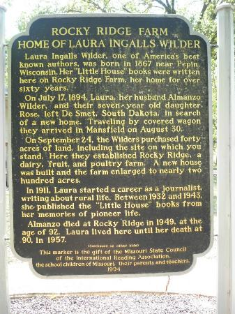 Laura Ingalls Wilder Historic Home and Museum: Sign at Rocky Ridge Farm and museum