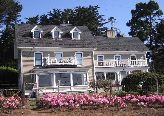 Glendeven Inn Mendocino: Farmhouse Building
