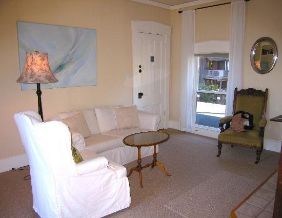 Glendeven Inn Mendocino: Bay View's Sitting Room