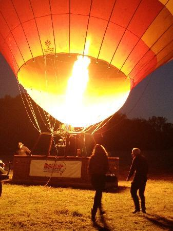 Hot Air Balloon Brisbane & Canungra Vineyards: Filling up our Australia balloon - very exciting!