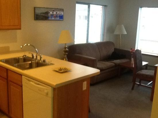 Juneau Hotel: Room 1417