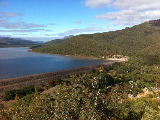 Halls Gap Lakeside Tourist Park: Lake Bellfield