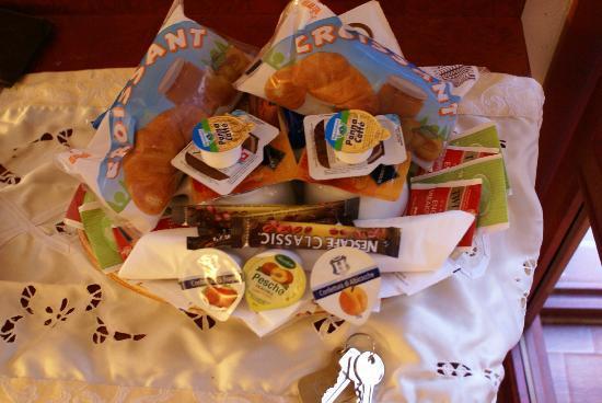 Ca del Dose: Goody basket of treats!