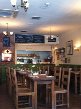 Bistro Jacques : inside of the restaurant