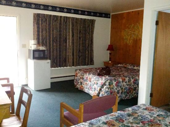 Silver Spur Motel: Outdated but functional