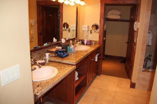 Grand View Lodge: bathroom