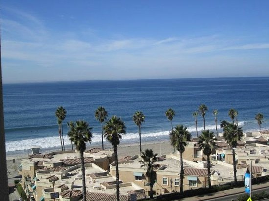 Wyndham Oceanside Pier Resort: Oceanview Room