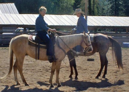 Western Pleasure Guest Ranch: Happy Trails