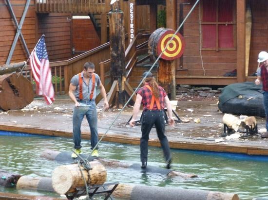 Great Alaskan Lumberjack Show: log rolling