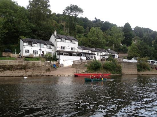 Ye Old Ferrie Inn: view from the Wye