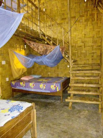 Jungle Beach VietNam: Staircase To The Upstairs Bedroom