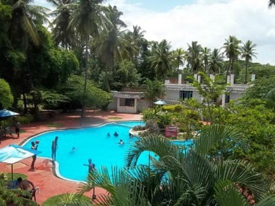 Amblee Holiday Resort: Pool