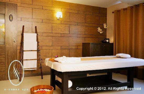 Traditonal Thai Massage Room Picture Of S Sense Spa At