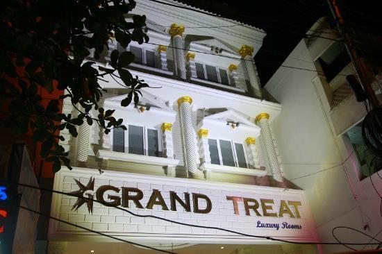 Grand Treat : Main