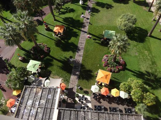 Le Grand Hotel: Vue du parc