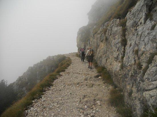 Valli del Pasubio, Italien: strada gallerie