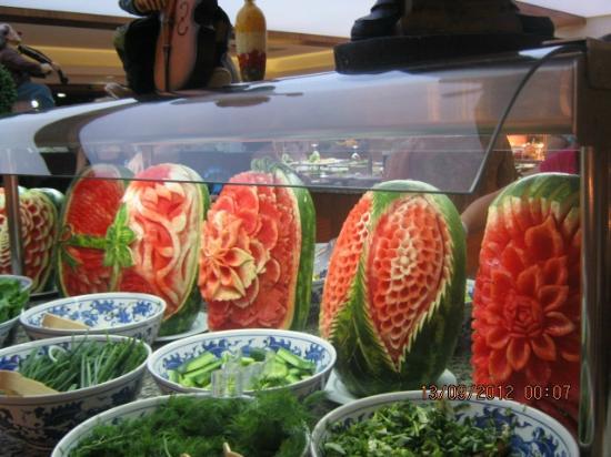 Crystal Flora Beach Resort: Это шедевры турецких мастеров- кулинаров!!!