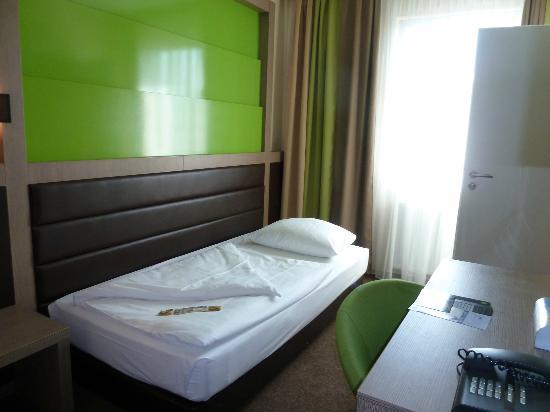 Grüne Wand Kann Beleuchtet Werden Led Bild Von Novum Style Hotel