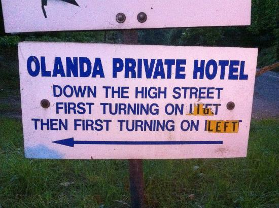 Olanda Guest House: Sign to get there....