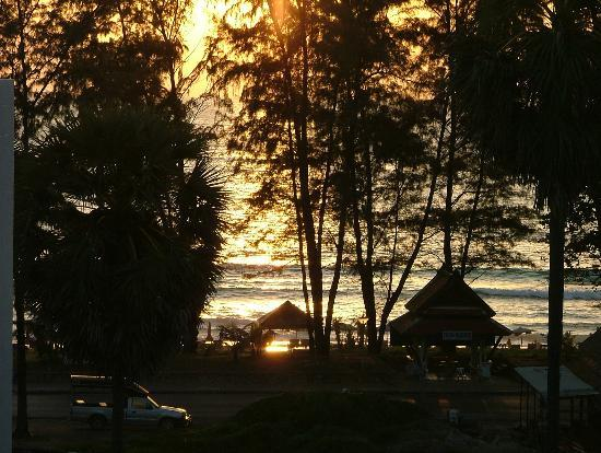 Andaman Seaview Hotel: A sunset view from the balcony