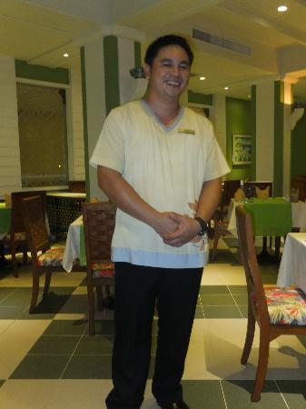 Andaman Seaview Hotel: One of the hotel staff in the restaurant