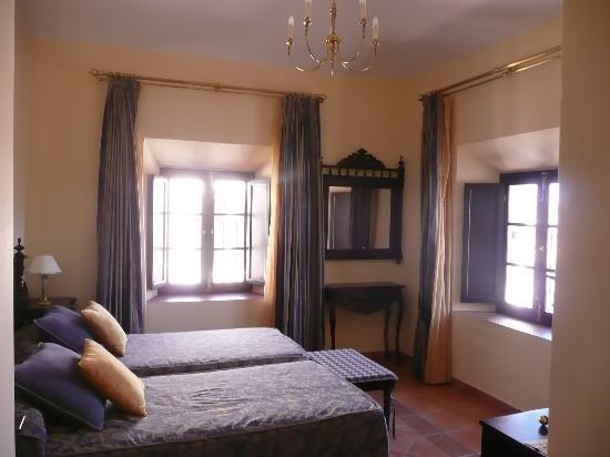 Hotel El Poeta de Ronda: HABITACION