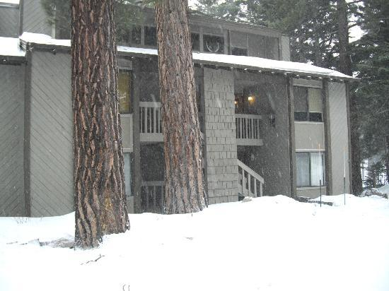 Photo of Viewpoint Condominiums Mammoth Lakes