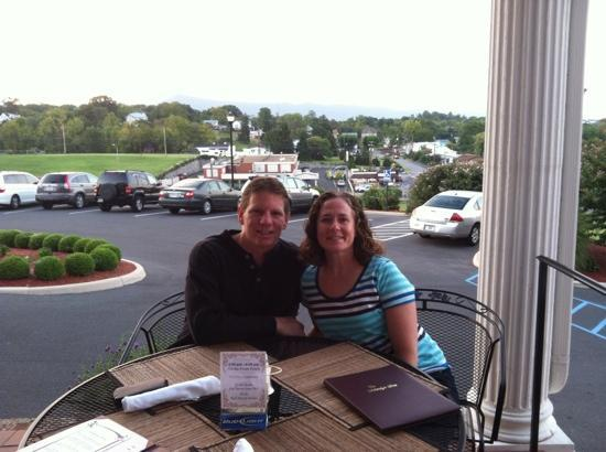 The Mimslyn Inn: dinner on the porch mountains in background