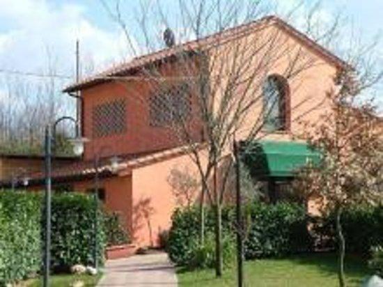 Montopoli in Val d'Arno, Italia: ristorante sottobosco