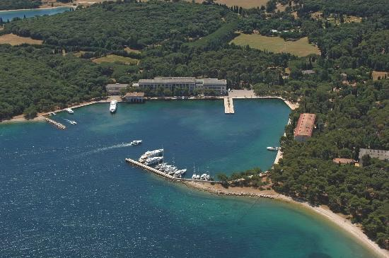 Neptun-Istra Hotel: The Maker intended to shape a part of the Earth to the image of Heaven. That is how Istria came