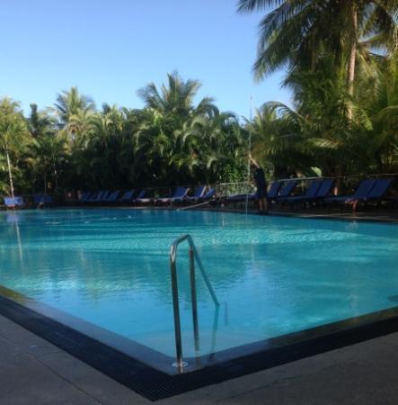 Pool Terrace Restaurant: restaurant overlooks this stunning pool