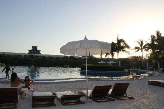 The Grand Mayan Riviera Maya: Pool area Mayan Palace