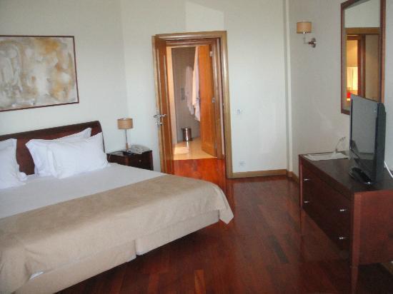 Solplay Hotel de Apartamentos: grand lit de 2 mètres