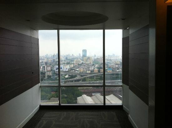 Eastin Hotel Makkasan: View from floor 28