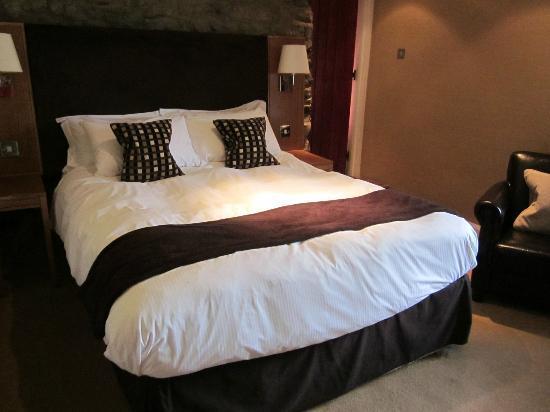 Sun Inn: Very comfy bed !